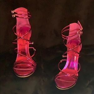 ✨ Hot pink heels 👠 ✨